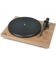 Pro-Ject DEBUT CARBON (DC) (2M-Red) - WALNUT
